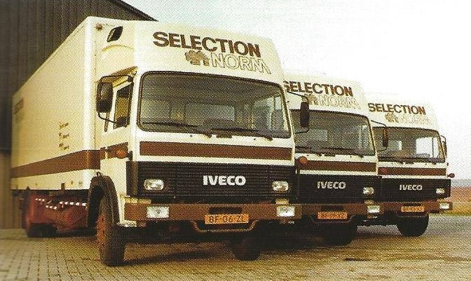 1975-Iveco-vrachtwagen-voor-de-firma-Selection-Norm-te-Tilburg-2