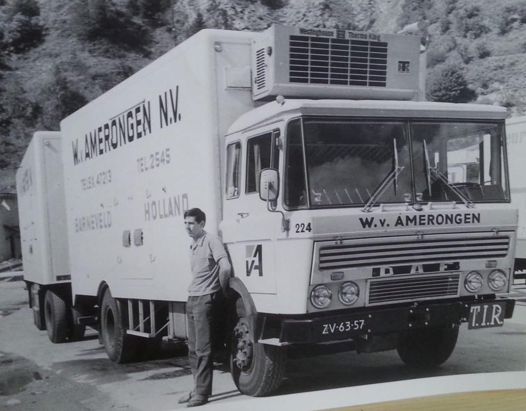 Pieter-Van-de-Woestijne---Op-de-mont-blanc-begin-jaren-70