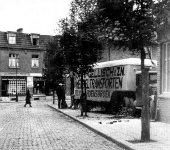 Albion-Verhuiswagen--Gellisch-en-Zn-Hoensbroek