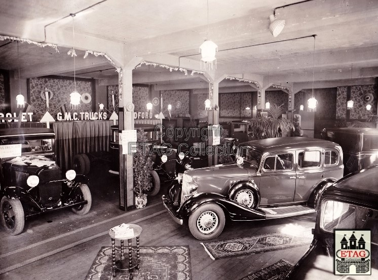 1933-Chevrolet-Oldsmobile-Show-Scala-Tilburg-2