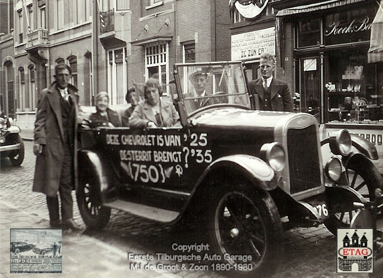 1935-Chevrolet-Rally-Stationstraat-Tilburg-Netherlands--2