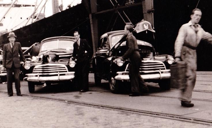 1946-Pontiac-Haven-Antwerpen-Belgie-na-WWII-4