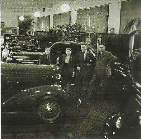 1946-Vader-Hein-met-Ad--Elly-en-Michel