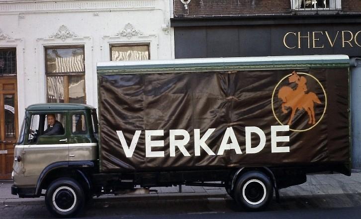 1965-Bedford-Verkade--Dealer-de-Groot-en-Zoon-Tilburg-Carr.-Remmers-Tilburg2