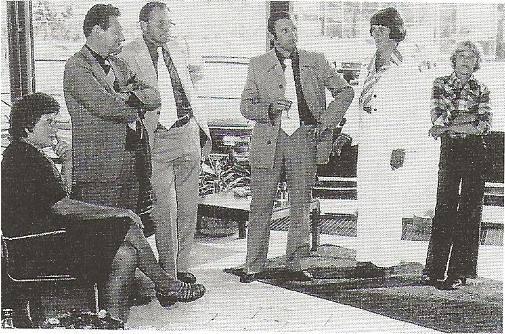 1976-Jan-de-Bruijn-heeft-een-speciale-gave-omdat-hij-alle-onderdelennummers-van-vele-type-auto-s-uit-zijn-hoofd-kende--er-besonden-toen-nog-geen-computers