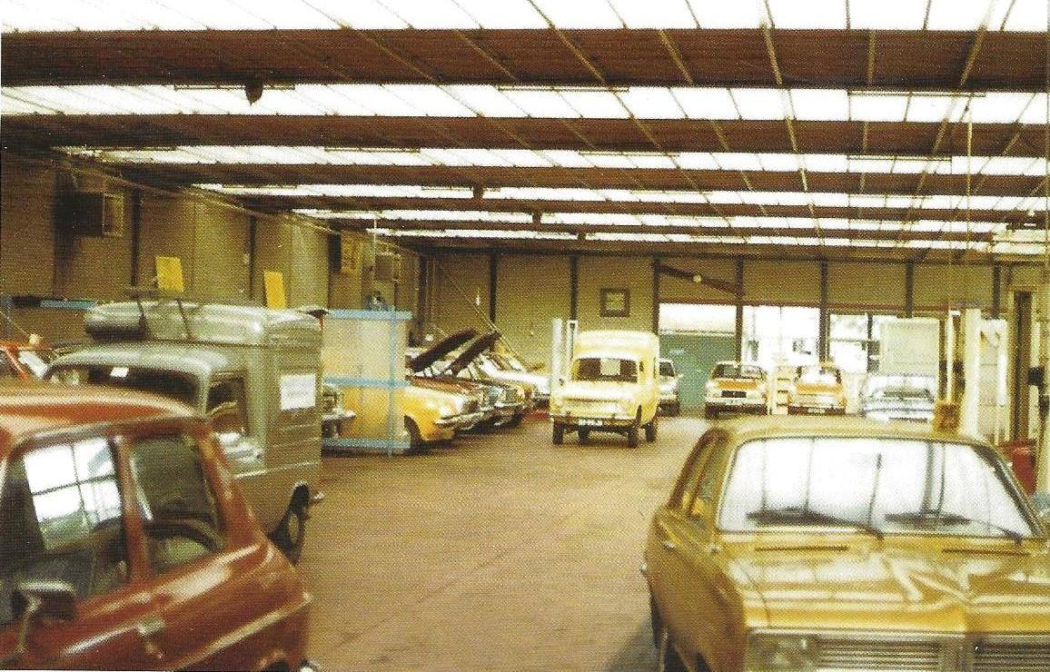1977-Noud-was-een-belangrijk-gezicht-voor-de-klanten-van-garage-De-Groot-te-Tilburg-2