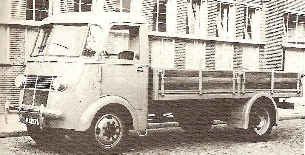 DAF-een-van-de-eerste-vrachtwagens-1950-