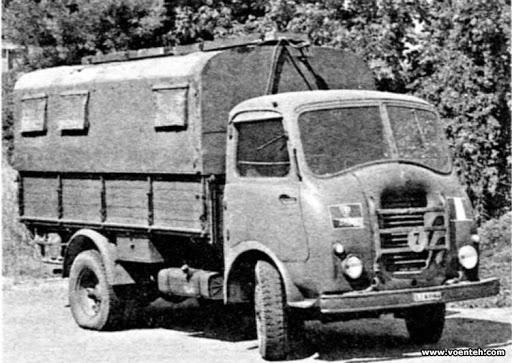 Alfa-Romeo--15