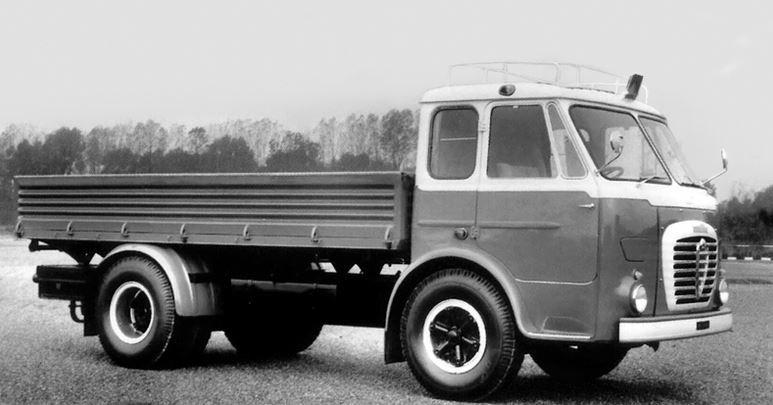 Alfa-Romeo--22
