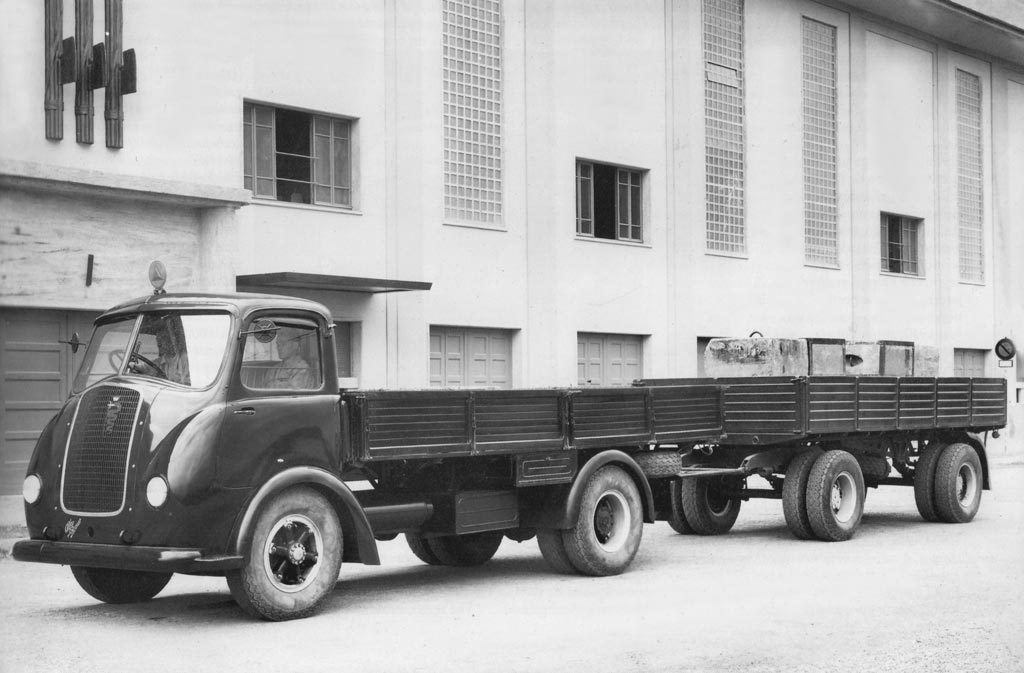 Alfa-Romeo--23