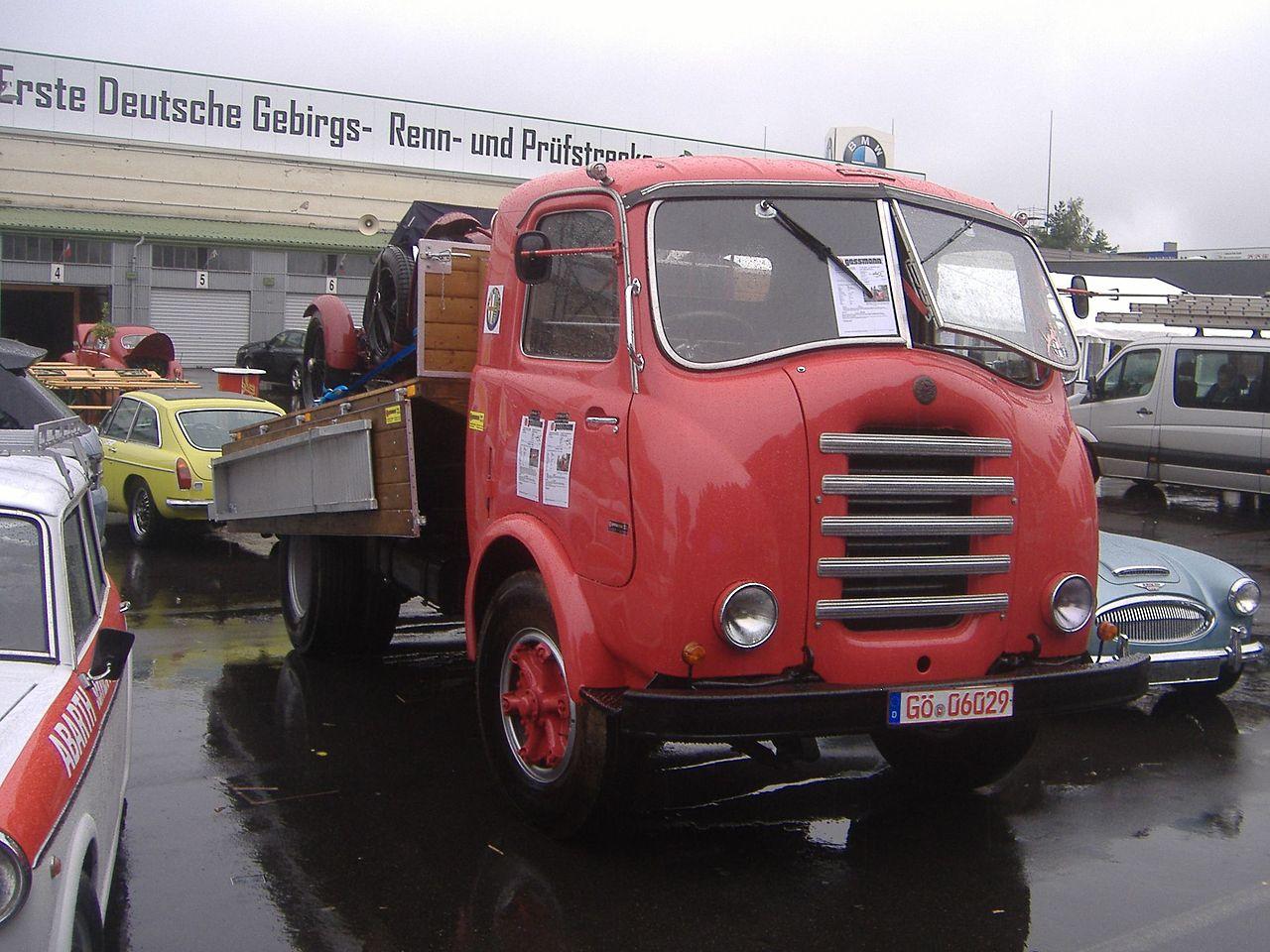 Alfa-Romeo--28