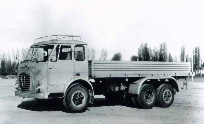 Alfa-Romeo--6X2