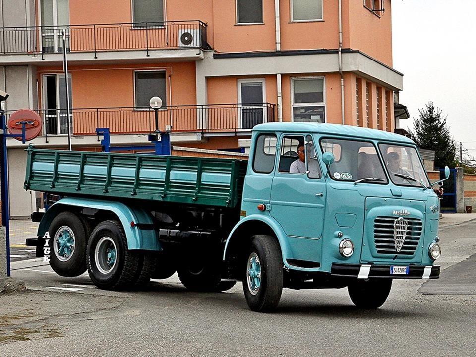 Alfa-Romeo-Mille-2
