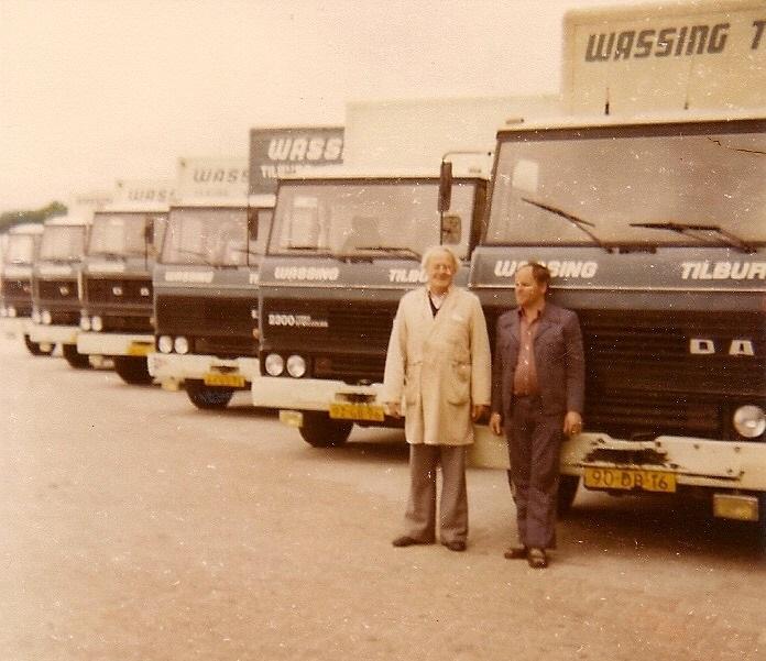 Gerda-Laurijssen-archief-De-rechts-was-mijn-zwager-is-jaren-lang-vrachtwagen-monteur-geweest--bij-Wassing-