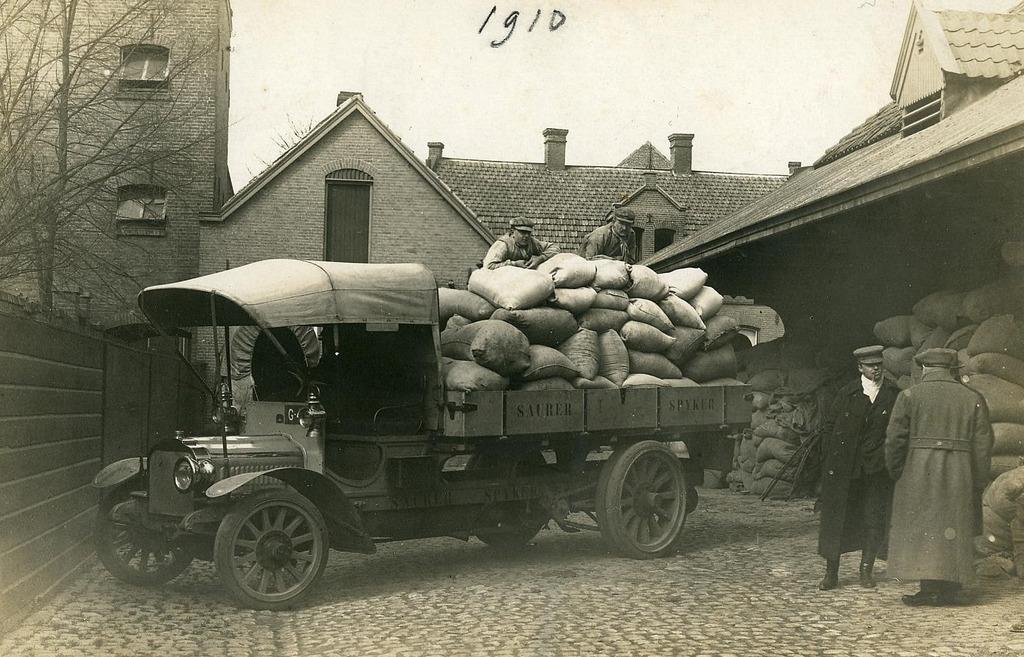 A.C-van-Loon-meelfabriek-later-zoon-Leon-van-Loon-