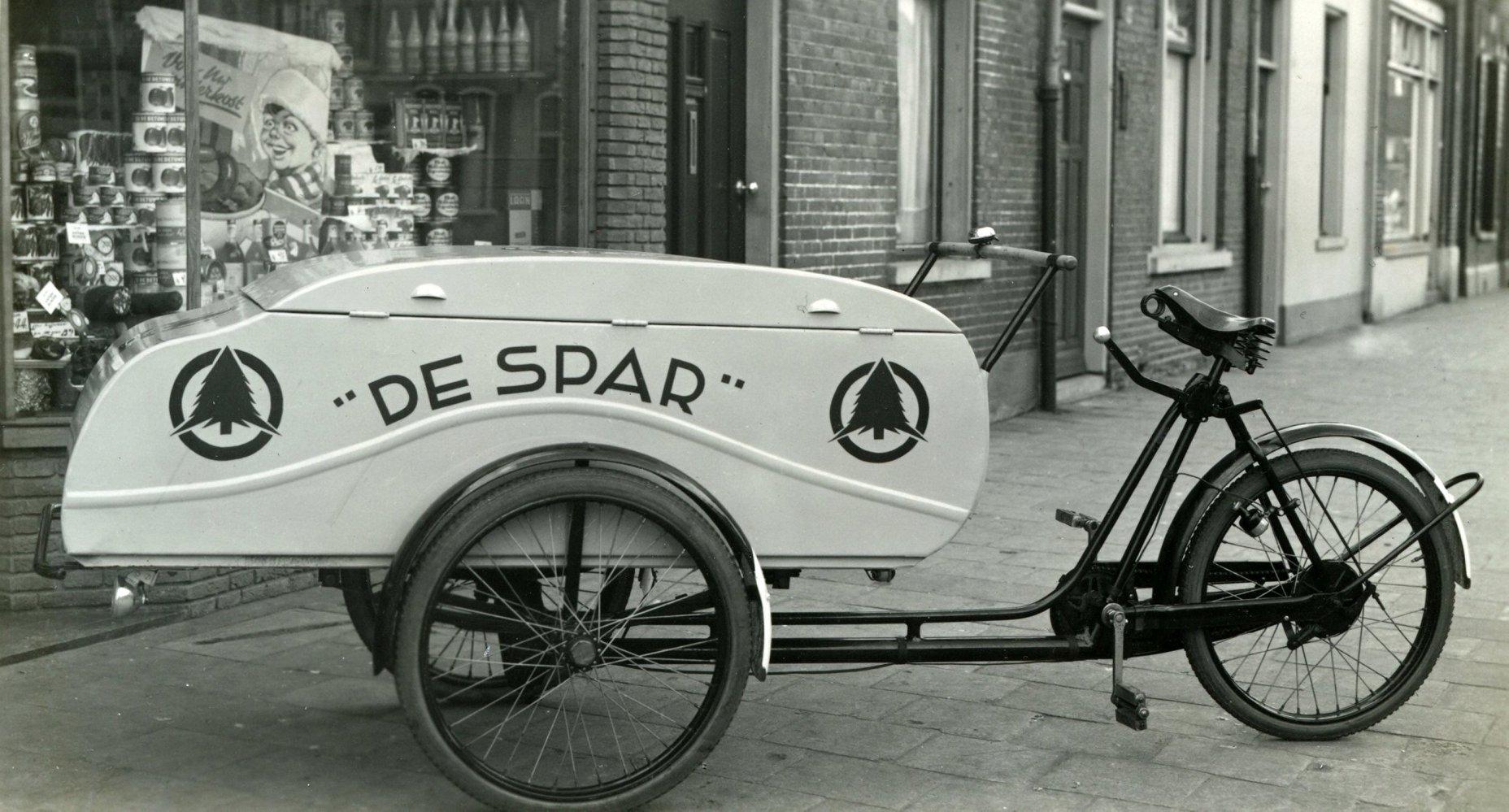 Bakfiets-van-de-kruidenier-in-Tilburg