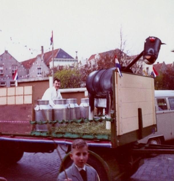 Teun-Kweekel--melkfabriek-QUAK-MELK-zo-tussen-1968-1972--8