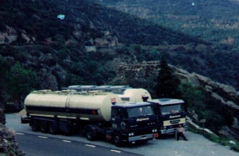NR-509-DAF-2800-van-Klaus-Carstens-en-Jacobs-naar-Huelva--2