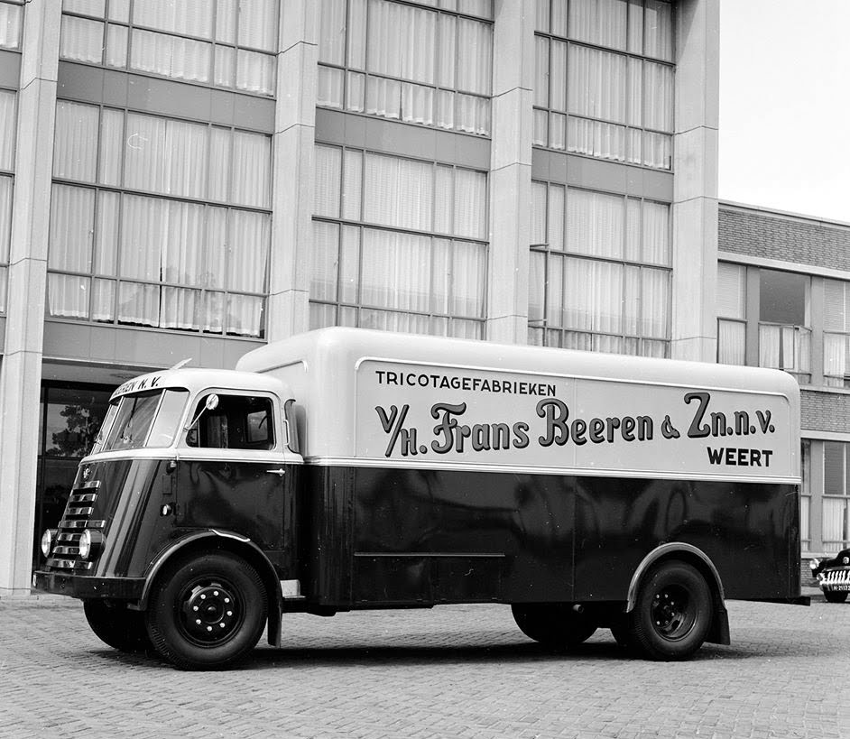 DAF-Beeren-tricotage-fabriek-2