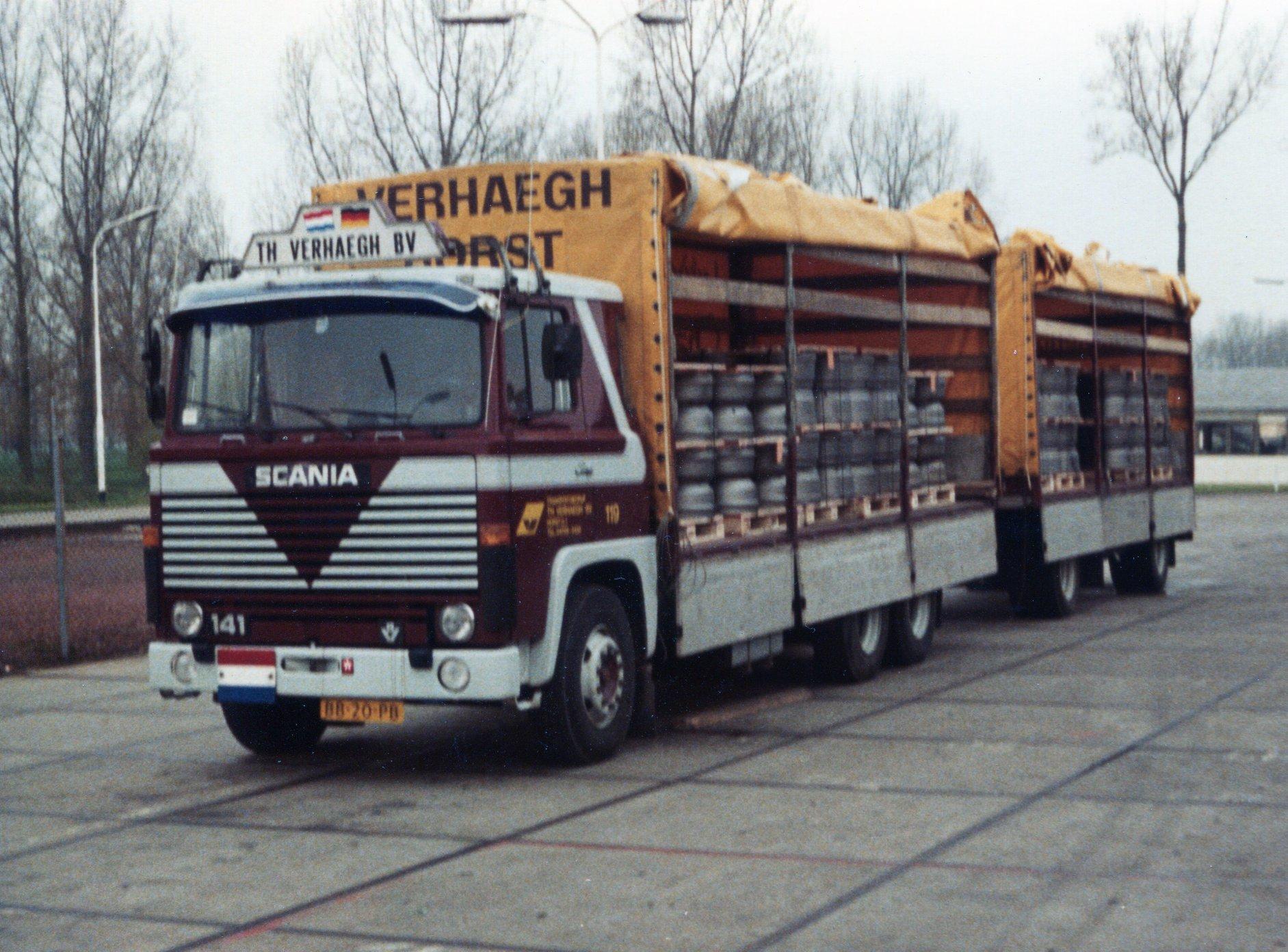 Peter-Veenendaal-Lossen-bij-DAF-in-Oevel--Westerlo-Belgie-Vracht-remtrommels-vanaf-Gieterij-Fritz-Winter-uit-Stadtallendorf-D--