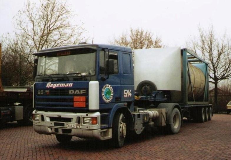 NR-514-DAF-95-van-Michael-uit-Oberhausen-auto-van-Hegeman-GmbH-Oberhausen-mee-verhuist-naar-Duisburg-4