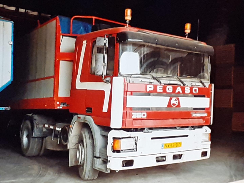 1993-volgens-Pegaso-Benelux-uit-Rotterdam-was-dit-de-laatste-nieuwe-verkochte-Pegaso-troner-in-Nederland--Verkocht-aan-aardappel-handel-Jansen-uit-dongen--Perry-Pegaso-archief-