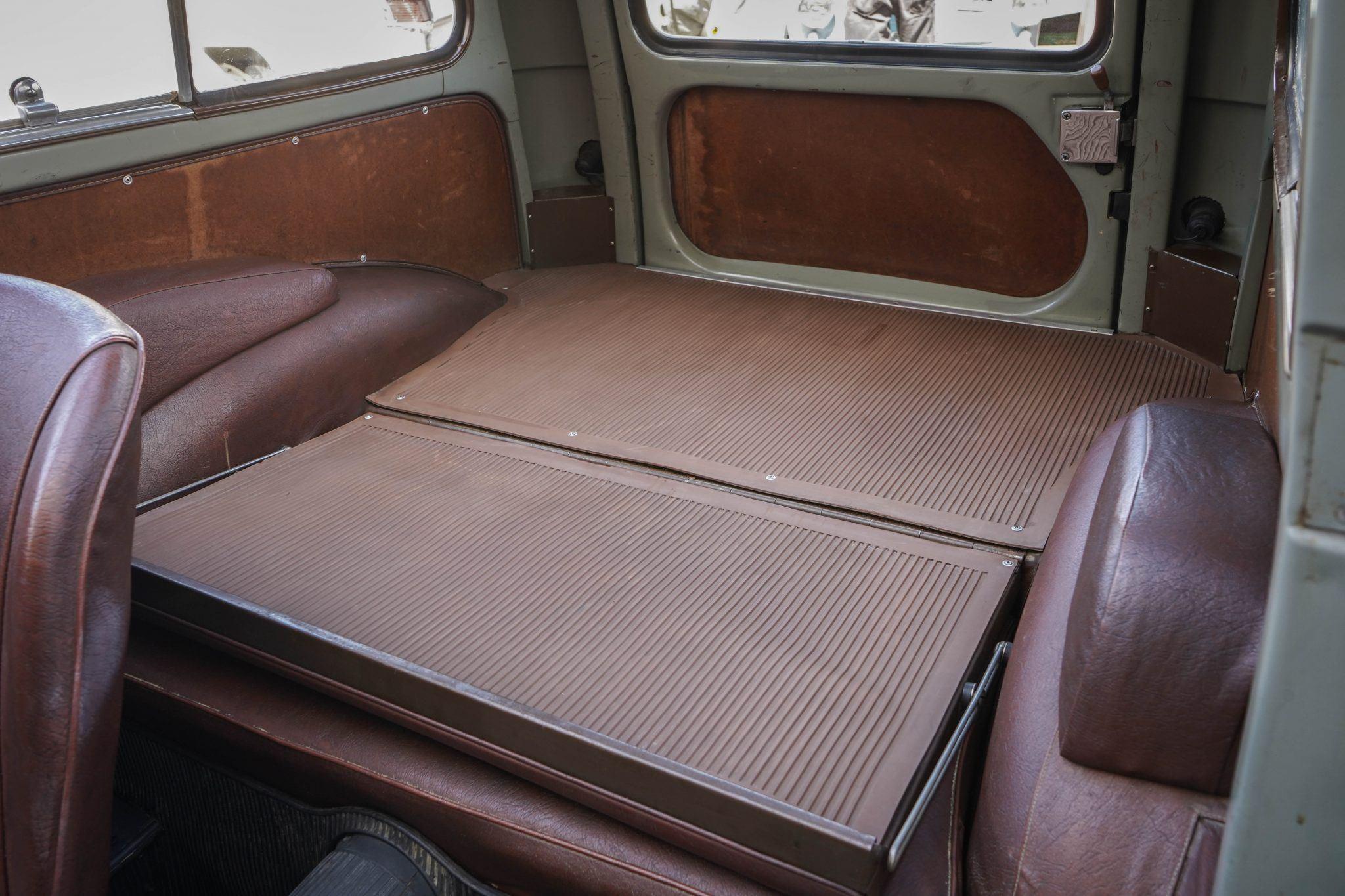 Fiat-500-Belvedere-1953-596-CC-met-4-versnellingen--(4)