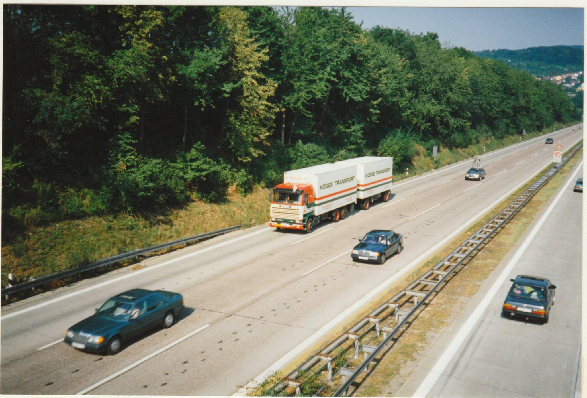 Scania-143-450---tussen-Karlsruhe-en-Stuttgart-Rene-Dudink-foto