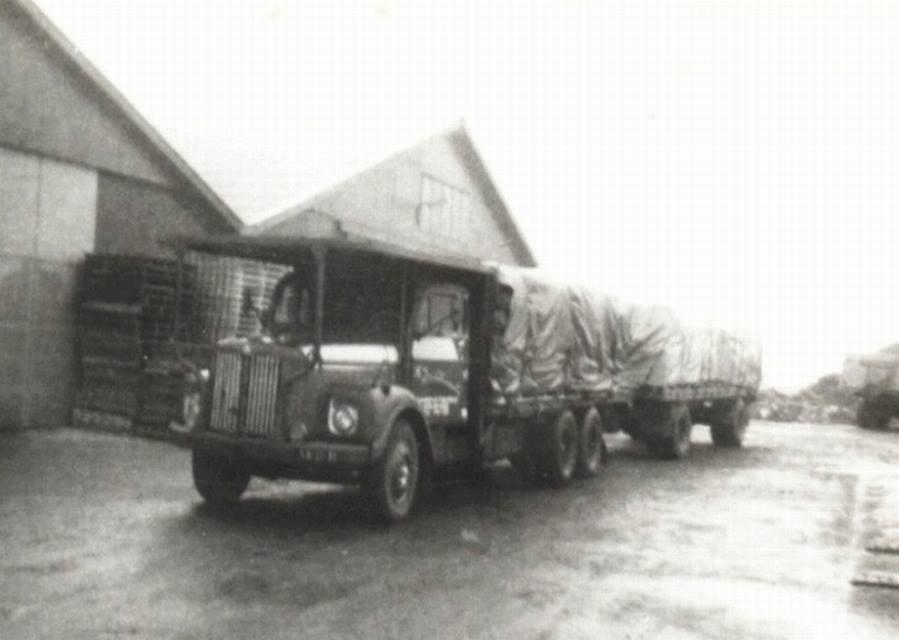 Scania-Vabis-6X2-combi