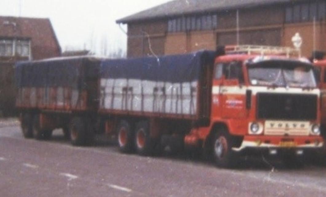 Volvo-F89-49-66-EB-(3)