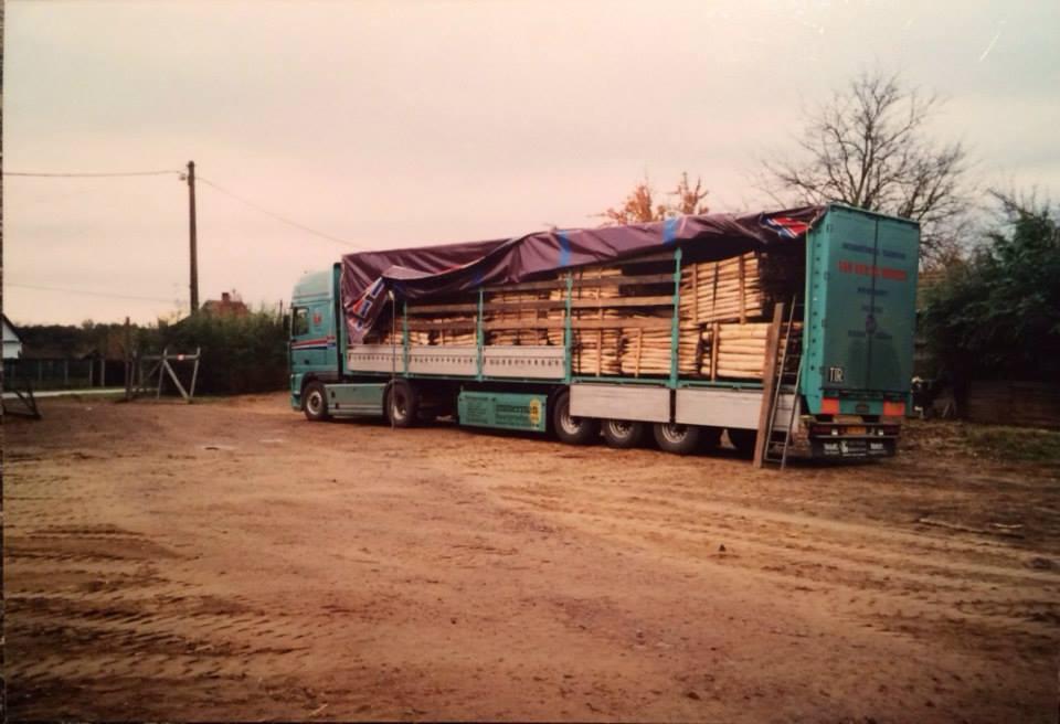 Daf-nr-2-de-tweede-wagen-van-het-bedrijf-1999--(2)
