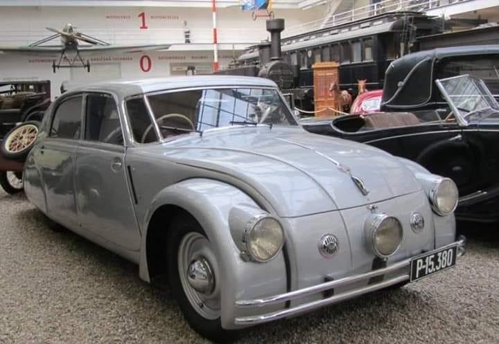 Tatra-77-A-1937---