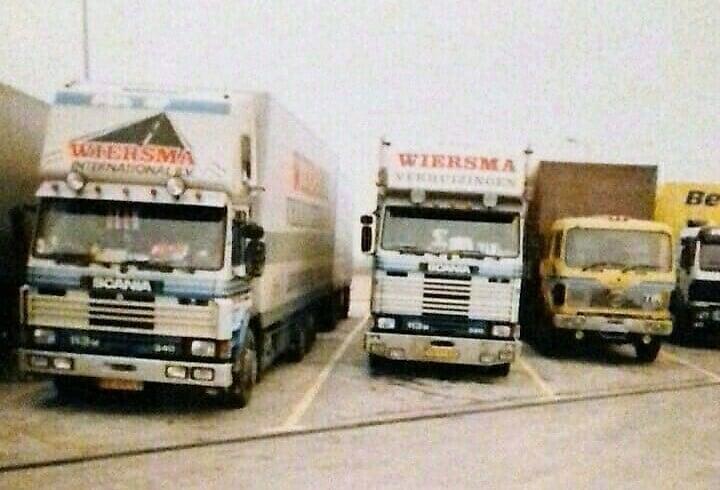 Winter-op-de-route-naar-RUSLAND--daar-werd-gestrooid-met-rood-zand--en-dat-kun-je-aan-de-vrachtwagens-zien---20-en-5-tot-10-prcent-benzine--(8)