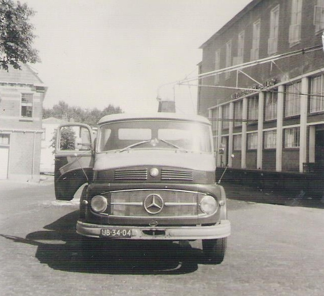 MB-338--Melis-Senior-chauffeur-Melis-Burgler-foto-(5)