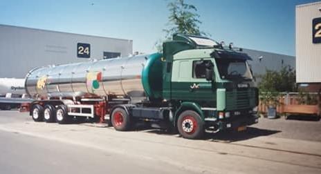 Henny-Martens-Scania-met-Tank-oplegger----