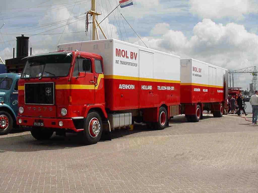 Volvo-F-88--(3)