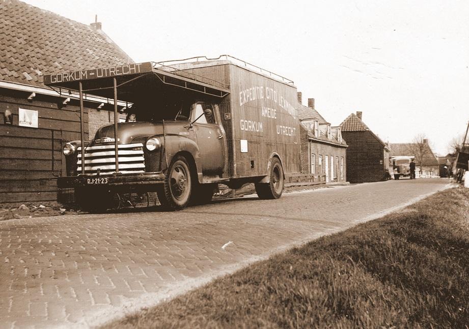 Chevrolet-1953-met-nieuwe-laadbak-