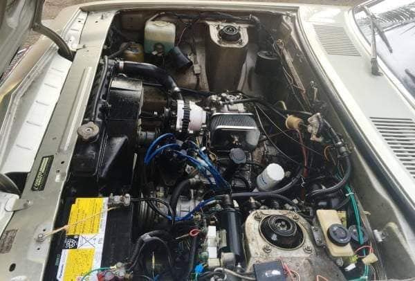 MAZDA-Cosmo-13B-met-wankel-motor--1976-(2)