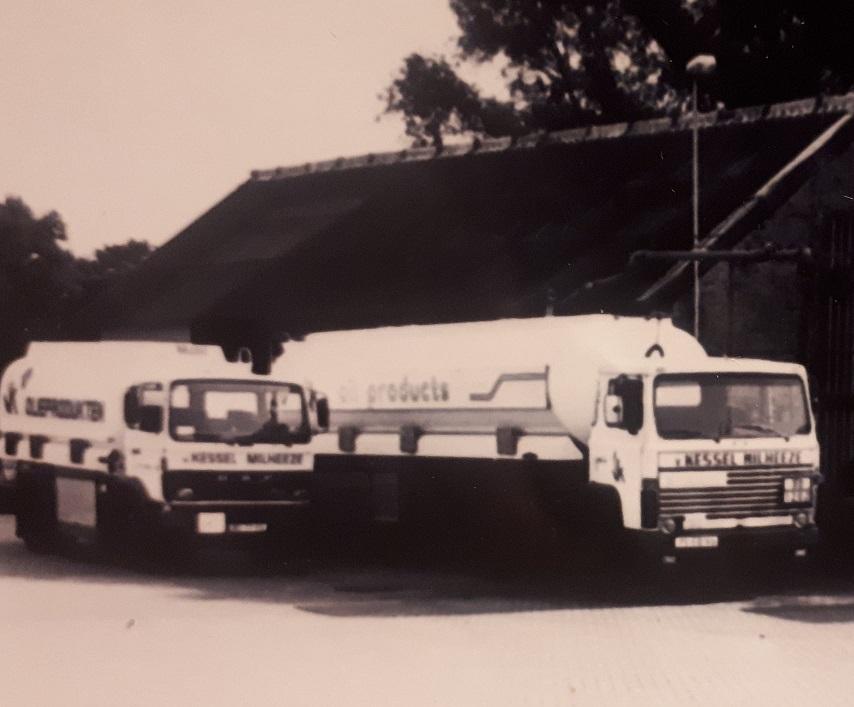 Marcel-Bouten-Scania-81LB--met-LAG-oplegger-en-Daf-1500--