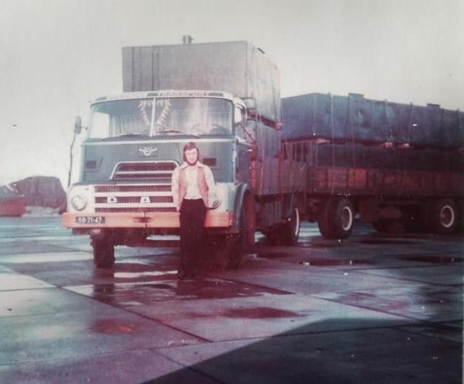 Rien-Duijker-zijn-eerste-wagen-(1)