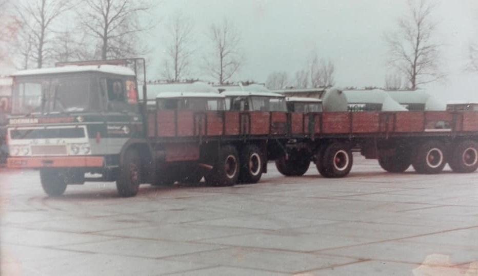 Rien-Duijker-zijn-eerste-wagen-(2)