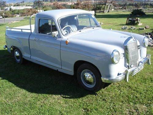 Mercedes-pick-up-(1)