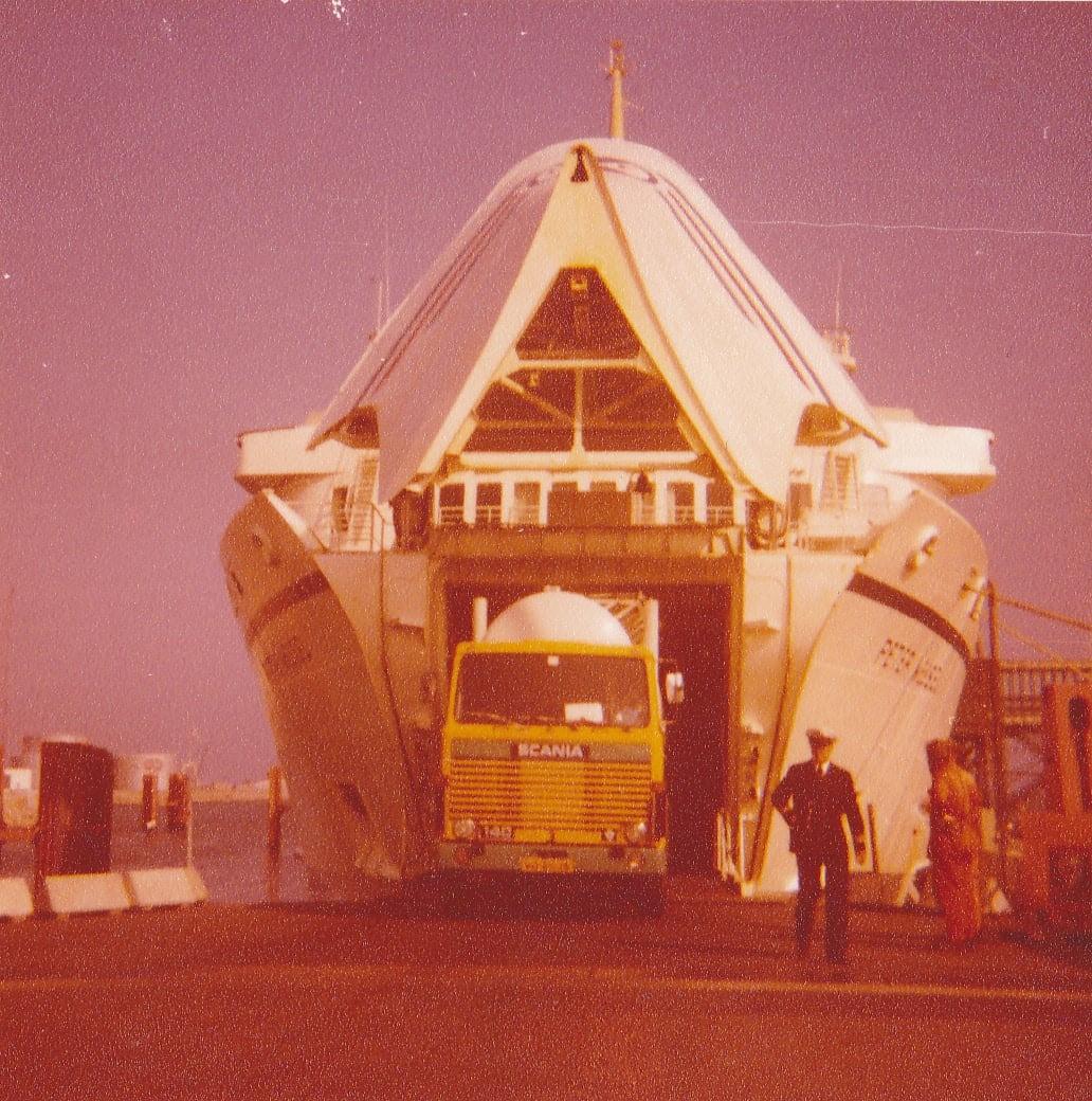 Veroni-Otto-Franken-van-de-boot-af-in-Noorwegen-42-jaar-geleden-