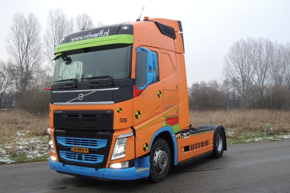 Volvo-326