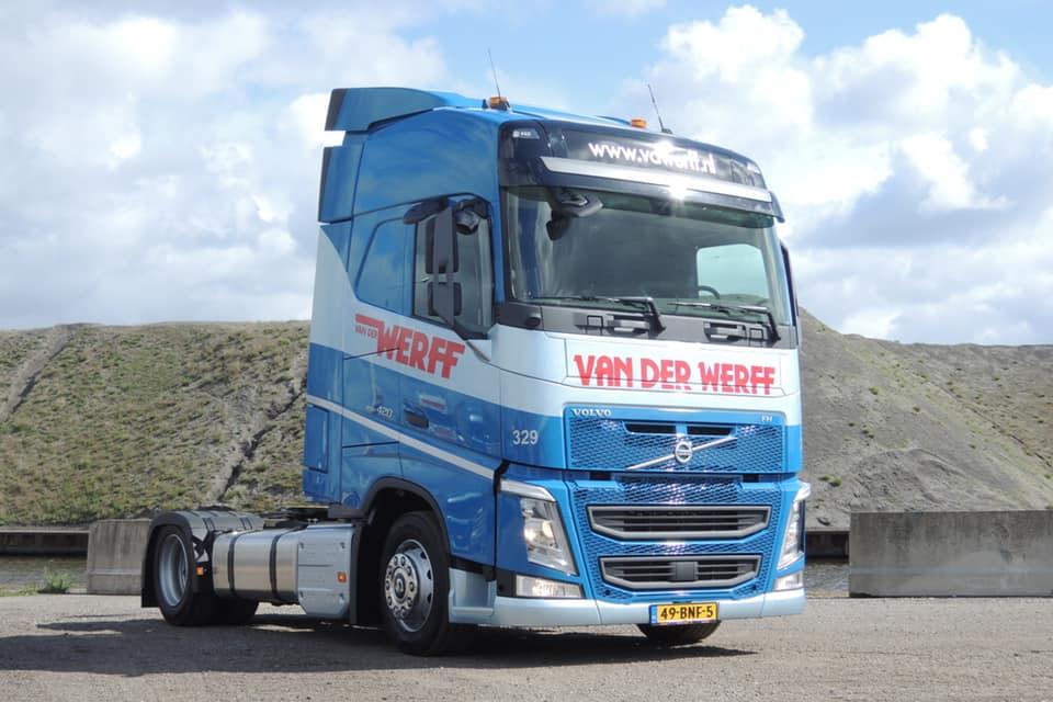 Volvo-329