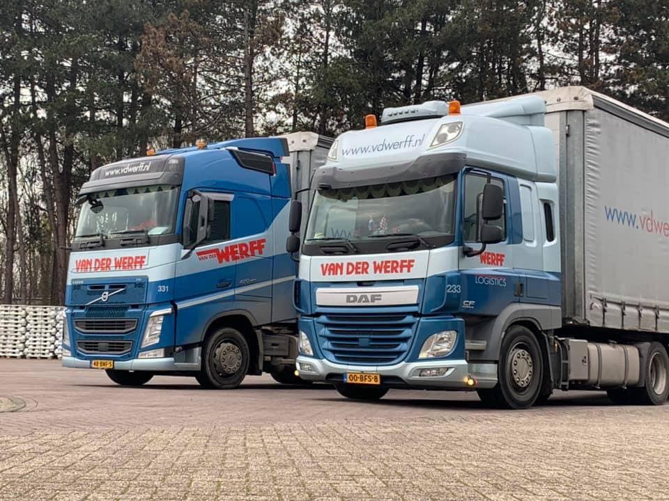 Volvo-DAF-Vader-en-zoon-op-stap--