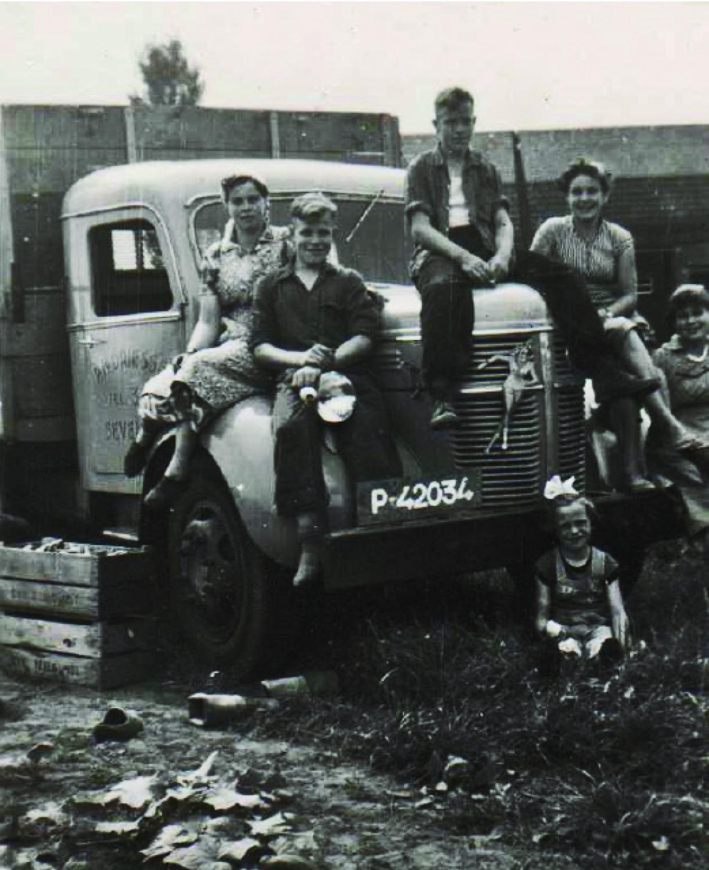 0-1953-de-kinderen-van-bert-en-wies-driessen