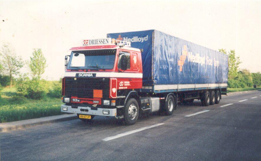 Scania-113M-320