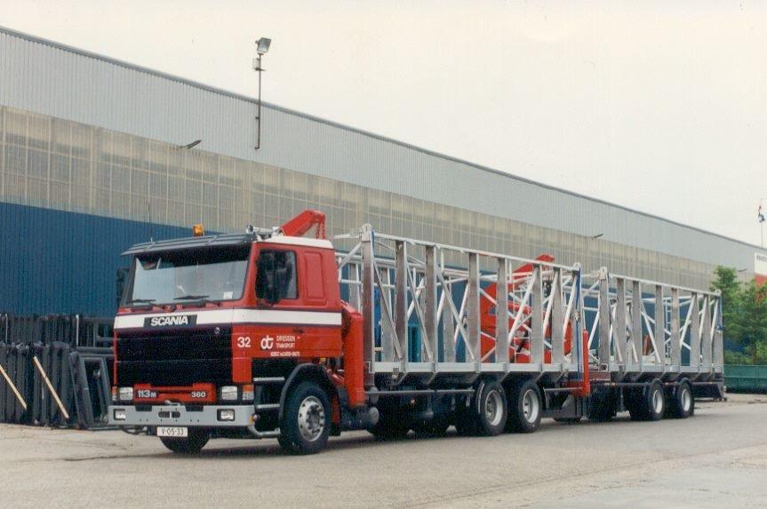 Scania-32-113M