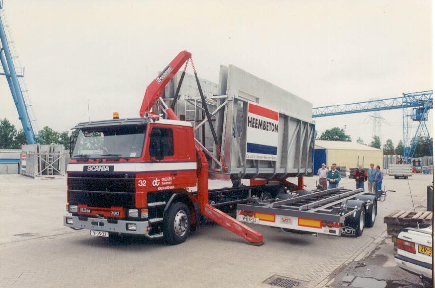 Scania-32